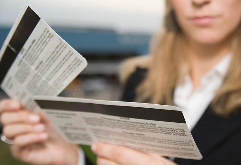 Нужно ли распечатывать электронный билет на самолет