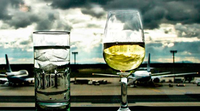 Можно ли провозить алкоголь в багаже в самолёте