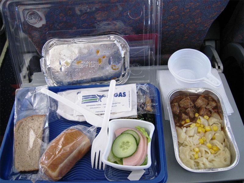 Питание на борту самолета Пегасов