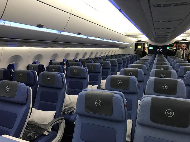 Салон самолета Airbus A350-900